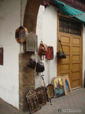 Arts and handicraft goods