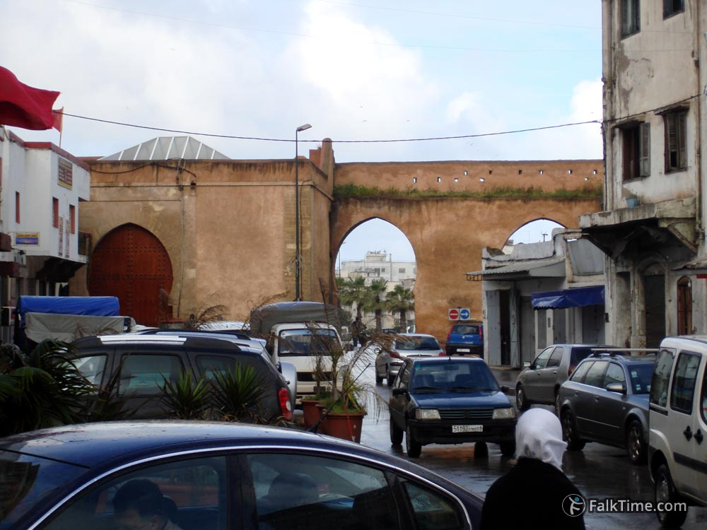 Walls and cars