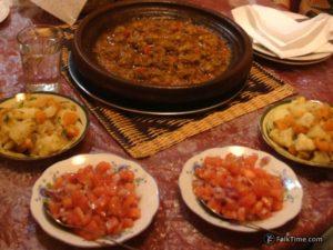 Tajine kefta and salads