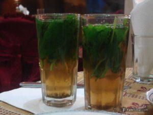 2 glasses of mint tea