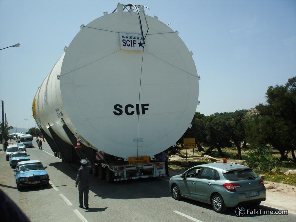 Transportation of oversized cargo