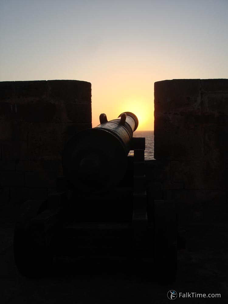 Canon and the sun, sunset