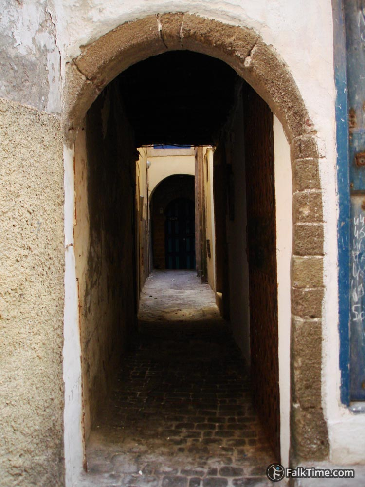 Arches and narrow street